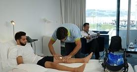 especialista homem fisioterapia